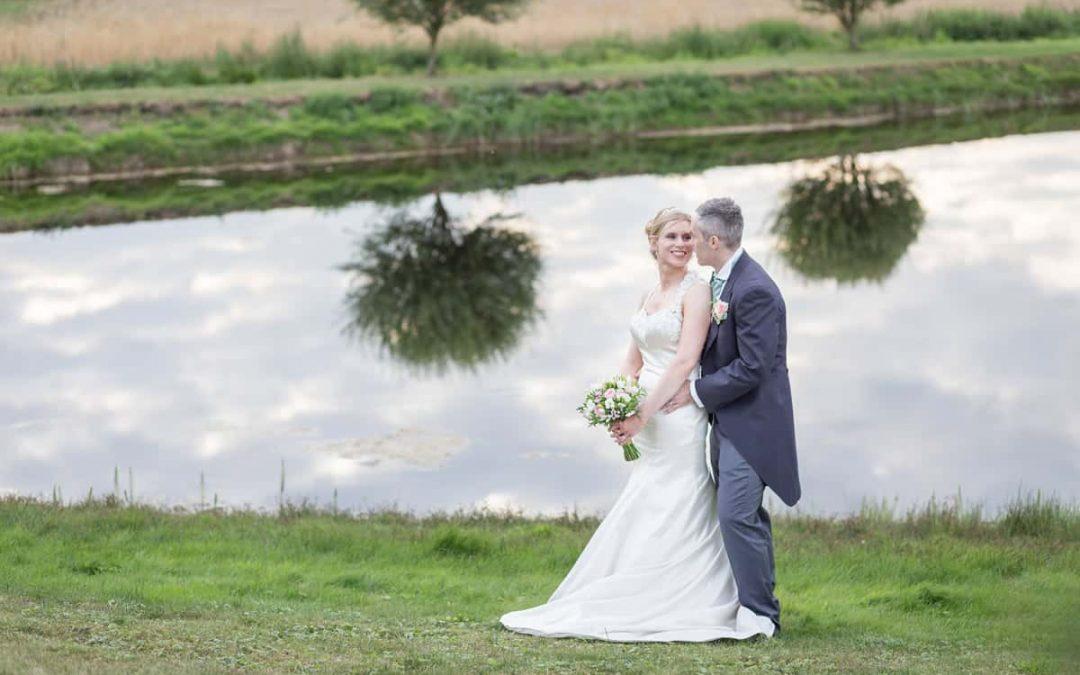 Pretty Ely Wedding   Cambridgeshire Wedding Photographer