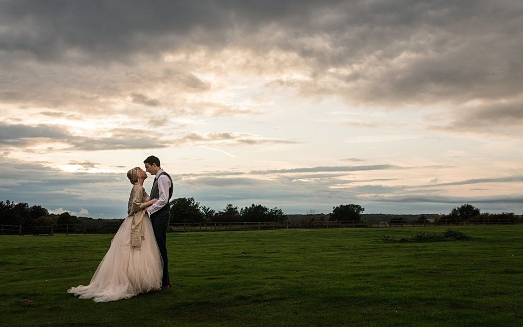 Colourful Coltsfoot Country Retreat Wedding in September – Amy and Mark