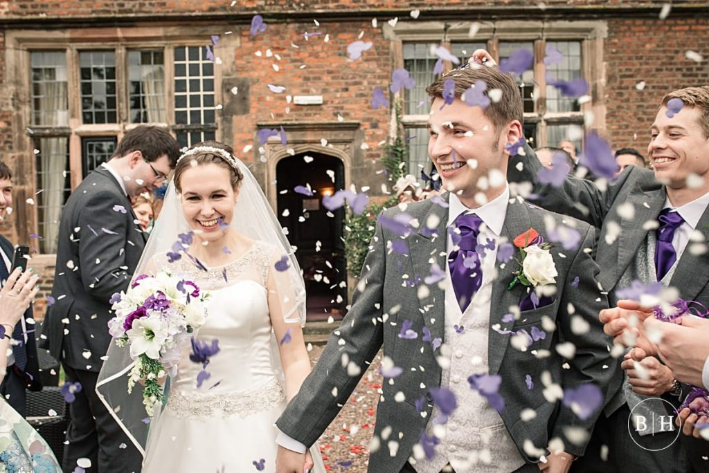 Top tips for wedding confetti