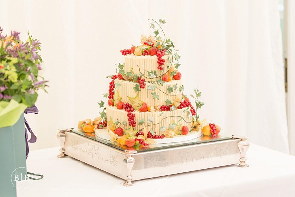 Wedding Cake Advice - Tips on choosing your Wedding Cake