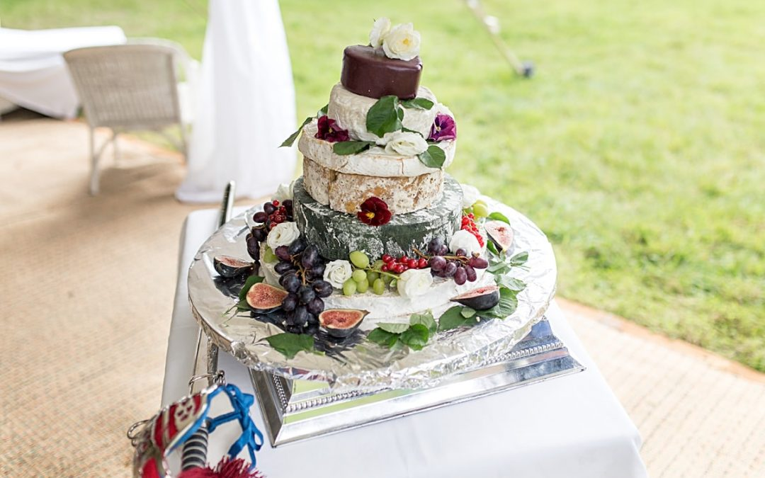 Top tips for Choosing a Cheese Wedding Cake