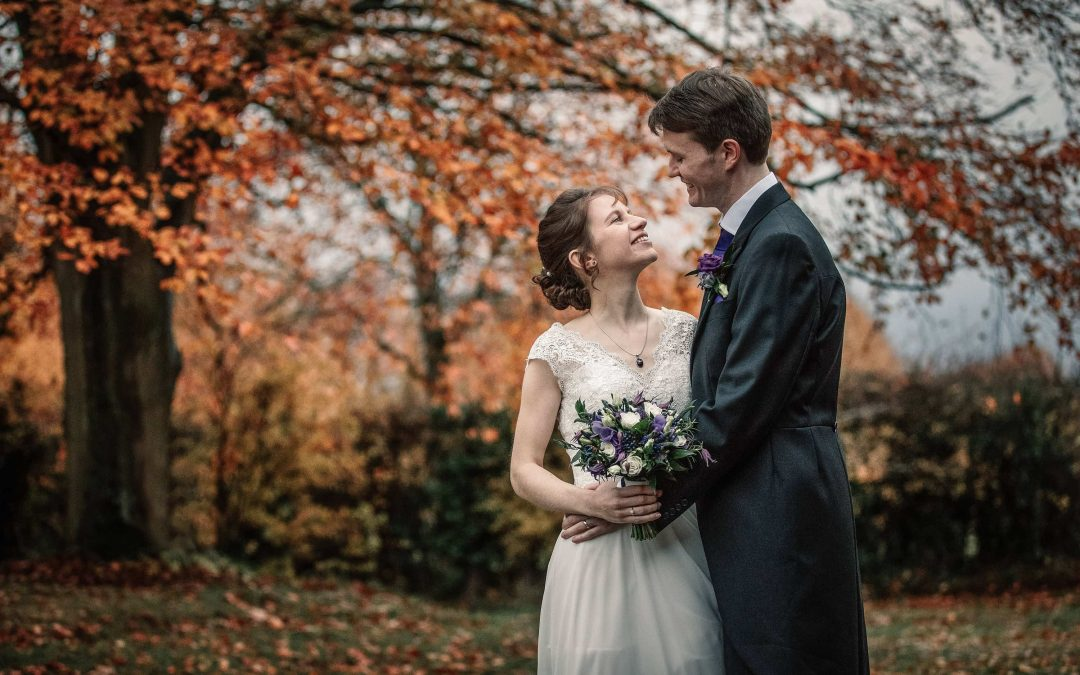 Autumnal Wedding at the Alswick Barn in Buntingford – Sarah and Alex
