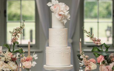 Luxury Wedding Cakes in Hertfordshire – Meadowsweet Cakes