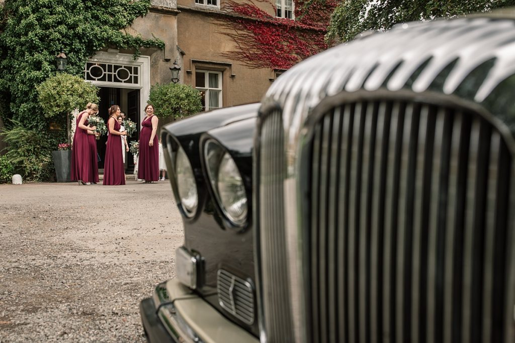 Bridesmaids arriving at Offley Place Wedding, taken by Becky Harley Photography