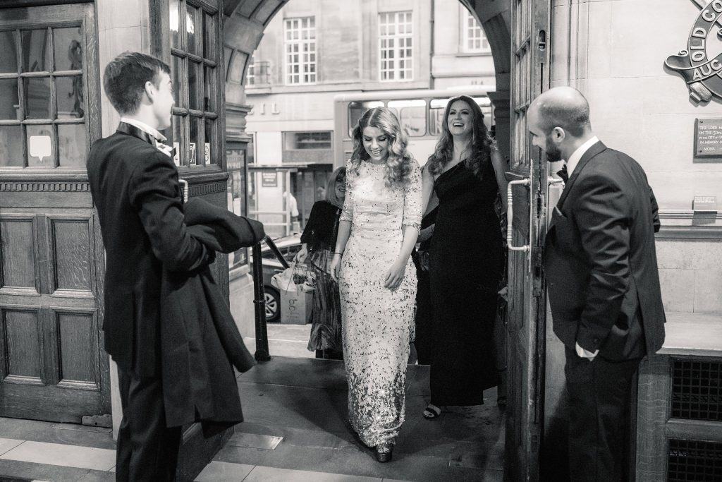 Bride arriving at Oxford Town Hall wedding taken by Becky Harley Photography