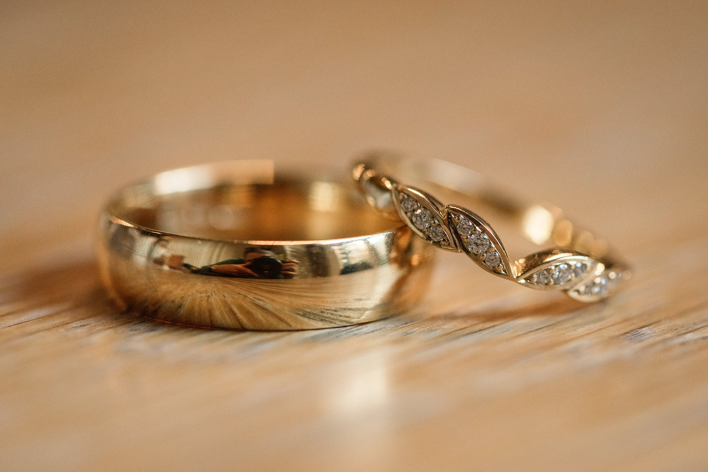 Ethical Jewellery Cred Jewellery Titania ring and Gold 5mm Flat Court taken by Becky Harley Photography